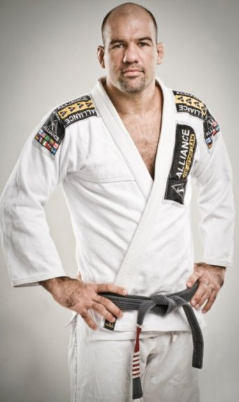 Eight times world champion, head instructor at Alliance in Sao Paulo, Brazil.